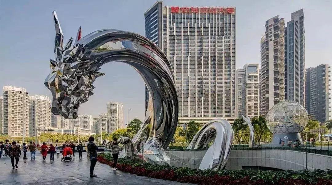 雕塑IP化:打造消费游乐场景中的精神地标。